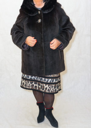Нутрия щипка куртка с капюшоном