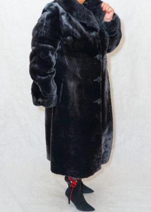 Мутон пальто с воротником